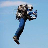 Uçan adam