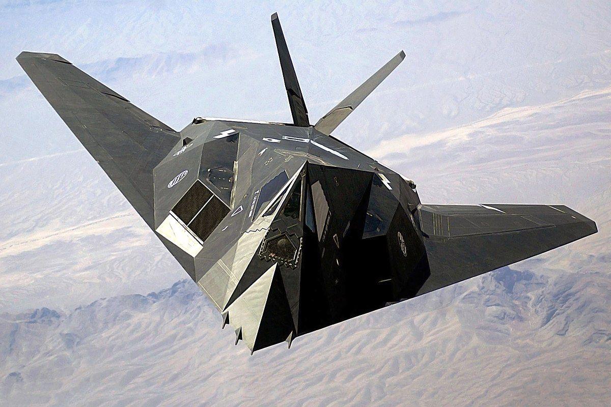 1200px-F-117_Nighthawk_Front.jpg