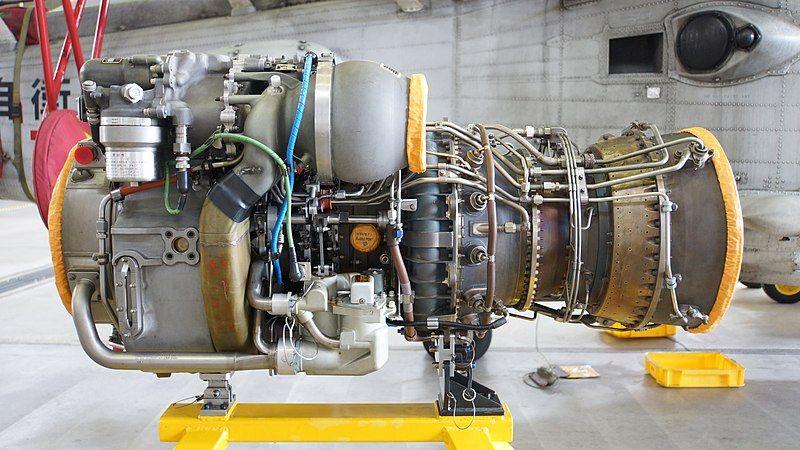 800px-T700-IHI-401C2_engine_left_side_view_at_JMSDF_Maizuru_Air_Station_July_16,_2016.jpg