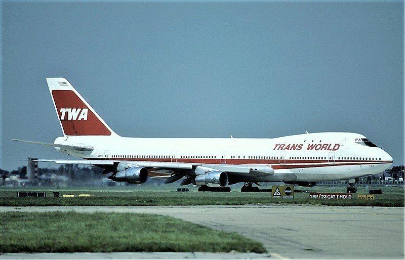 800px-TWA_Boeing_747-100_N93119_Marmet.jpg