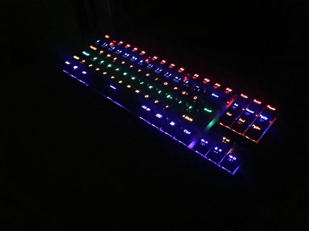 karanlık.png.png
