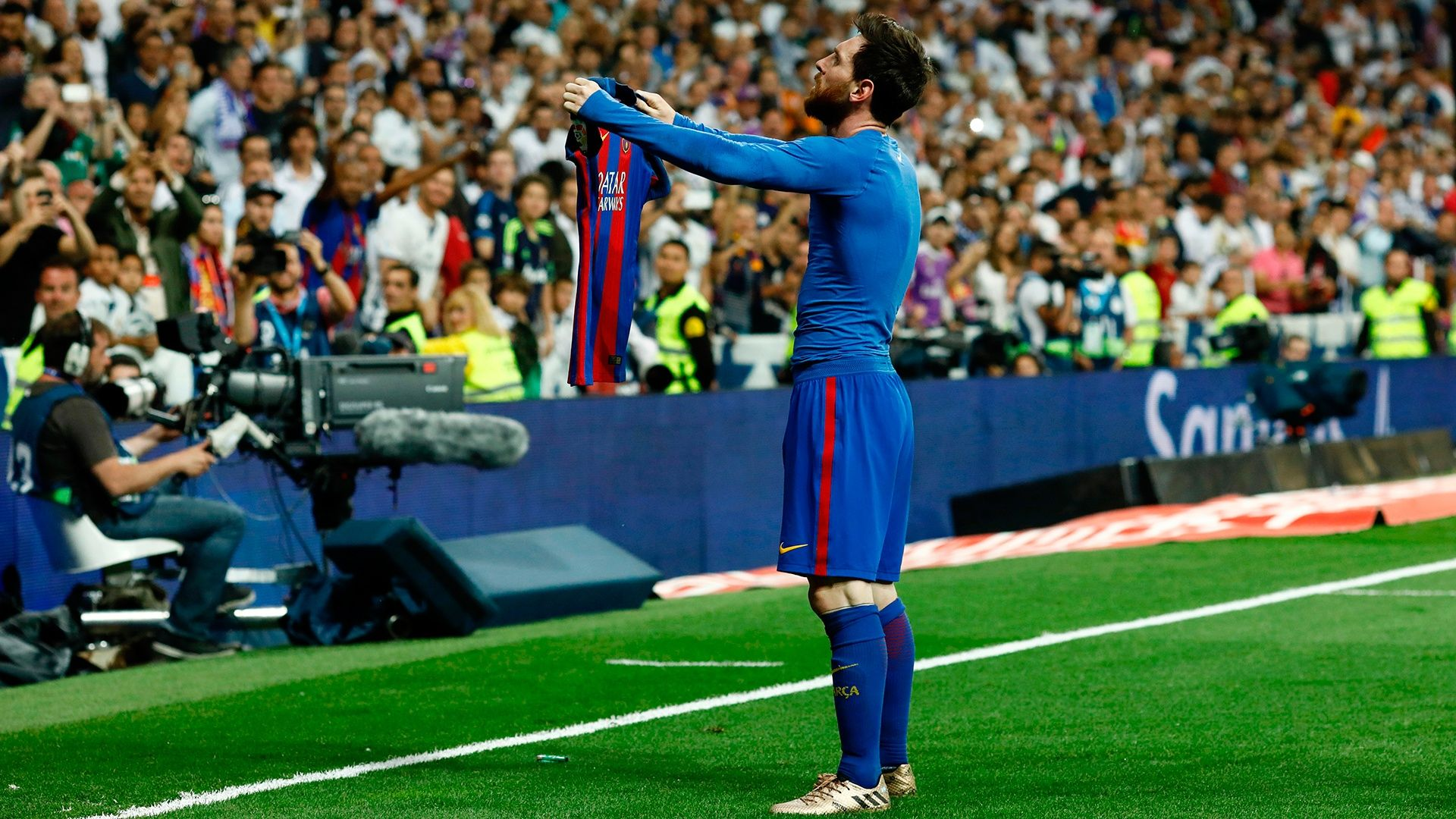 lionel_messi_barcelona_real_madrid_ensey_1920x1080.jpg
