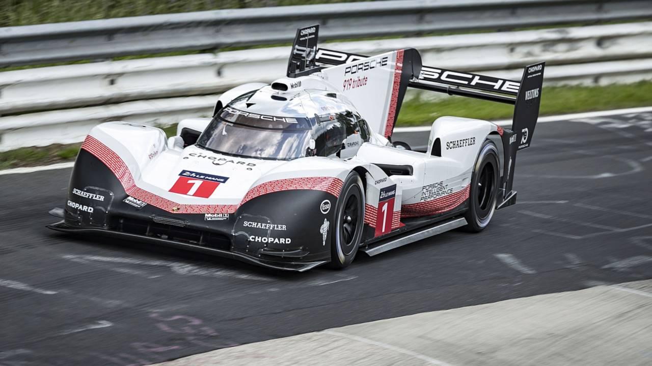 porsche-919-hybrid-evo-breaks-nurburgring-lap-record.jpg