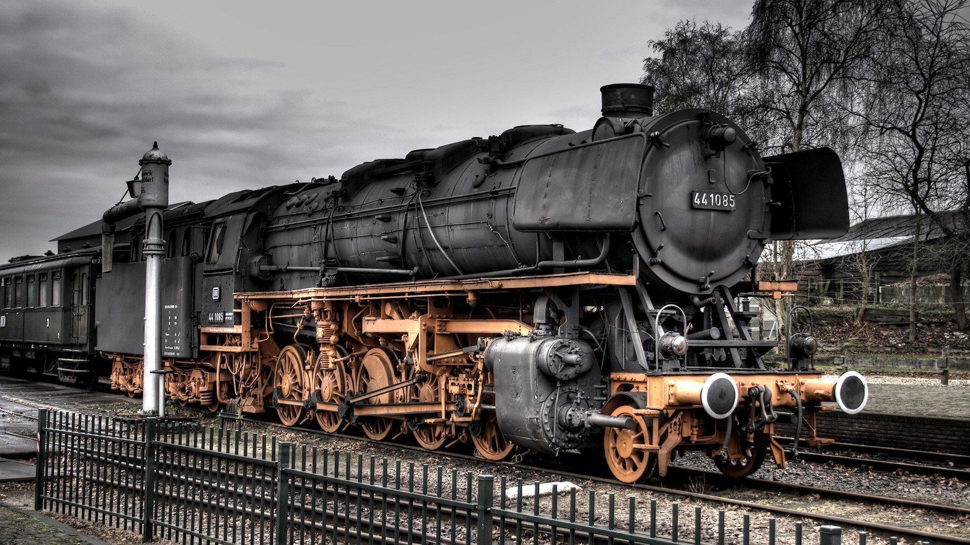 train_railroad_tracks_locomotive_engine_tractor_railway_3840x2160.jpg