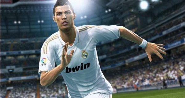 Ronaldo bu sene de PES'in yüzü