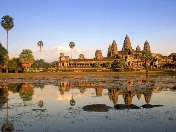 Kamboçya, Doğu-Asya'da bulunan bir ülke.