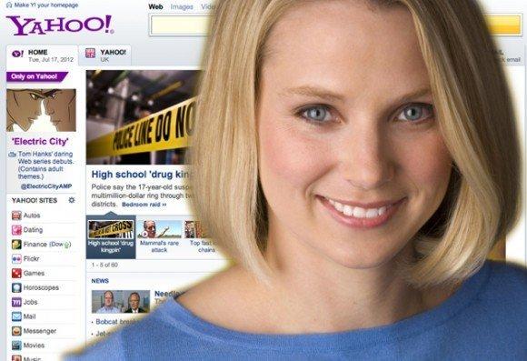 Marissa Mayer, Yahoo çalışanlarının moralini düzeltmek için akıllı telefon dağıtıyor.