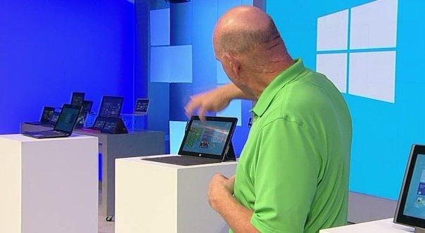Siparişlere yetişemeyen Microsoft, geçtiğimiz günlerde yapılan Build Konferansında katılımcılara bin adet Surface Tablet hediye ettiği öğrenildi.