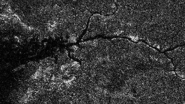 Cassini uzay sondası tarafından çekilen nehrin görüntüsü NASA tarafından paylaşıldı.