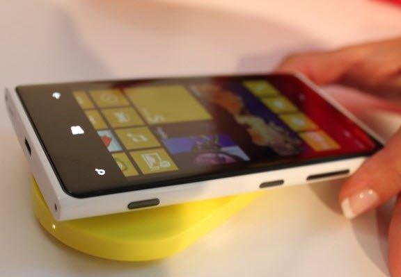 Nokia Lumia 920 Kablosuz Şarj