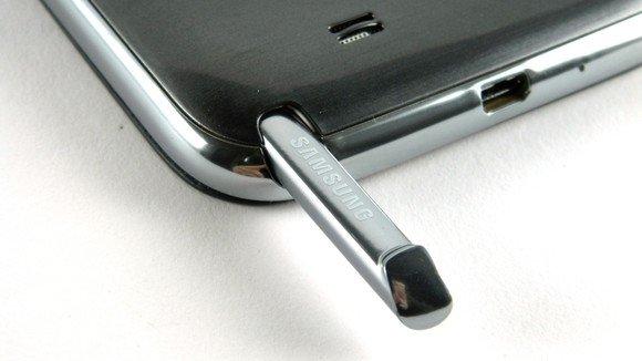 Samsung, S-Pen üzerine daha fazla yoğunlaşabilmek için Wacom'dan pay satın aldı.