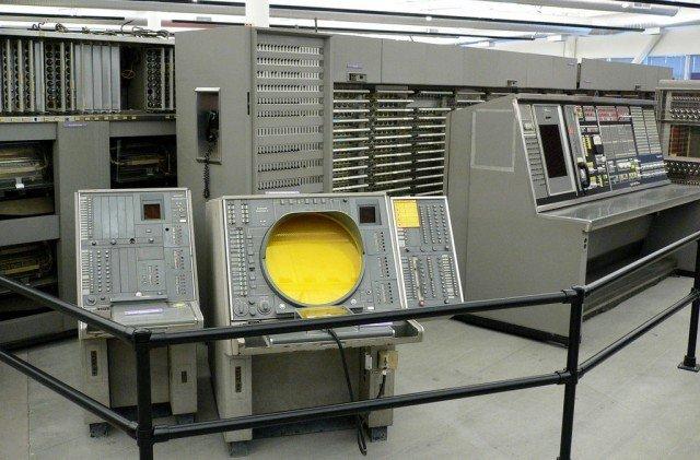 Dünya'nın ilk ve en büyük Süper Bilgisayarı SAGE, Retropat'ın konuğu oldu.