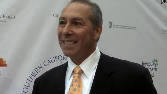 Fred Amoroso, Yahoo'daki yöneticilik pozisyonundan ayrılacağını açıkladı.