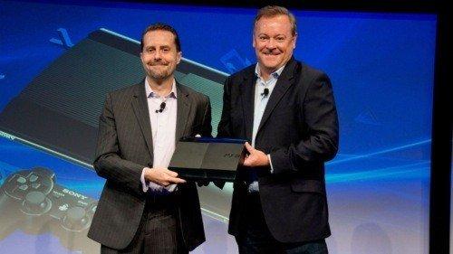 Sony'nin Brezilya'da gerçekleştirdiği konferansta yerelleştirme adına yeni kampanyalar duyuruldu.
