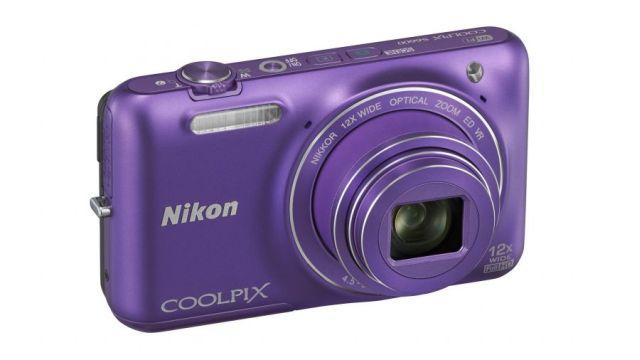 Coolpix serisine katılacak olan yeni fotoğraf makinelerinin renk seçenekleri de dikkat çekici.