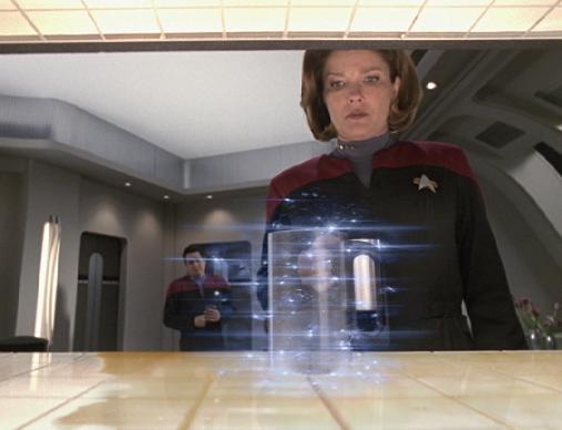 Star Trek takipçilerinin hatırlayacağı Replikatör adı verilen cihaz ile istenilen eşya üretilebiliyordu.
