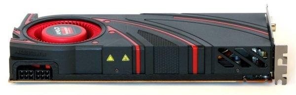 AMD Radeon R9 270X (10)