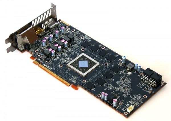AMD Radeon R9 270X (12)