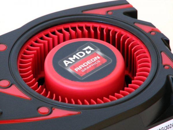 AMD Radeon R9 270X (3)