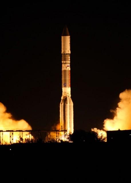astra2e roket 458x640 Ses ASTRA 2E Uydusu Başarıyla Fırlatıldı!