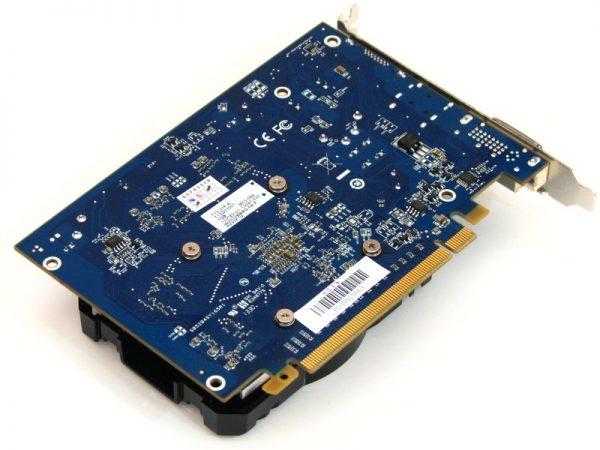 AMD R7 250 (4)