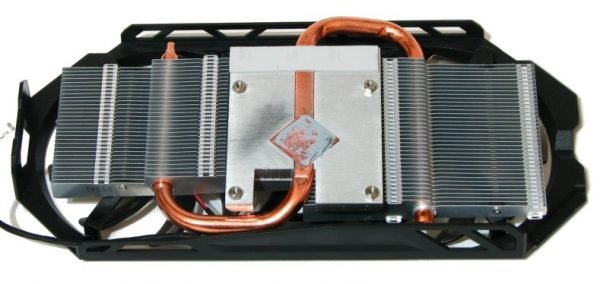 AMD Radeon R9 270 (38)