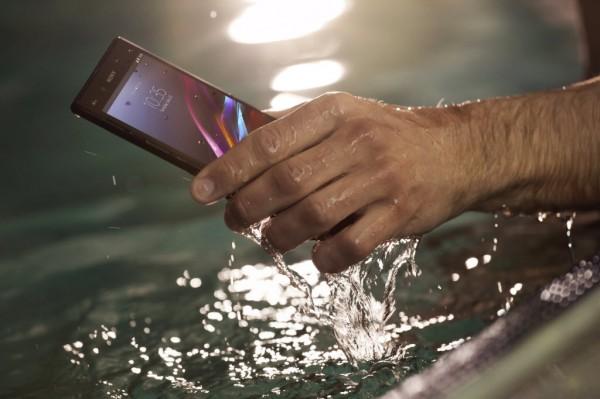 sony-xperia-z-ultra-mobil-cep-telefonu (5)