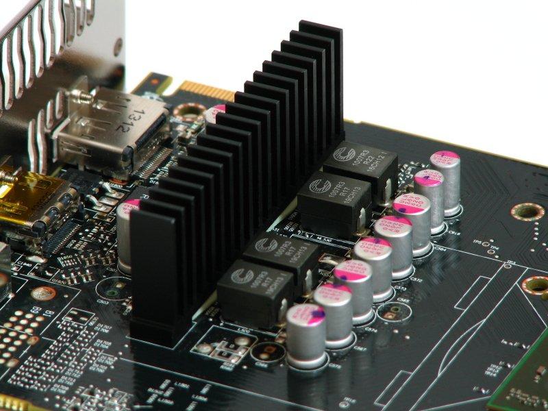 AMD R7 260 (11)