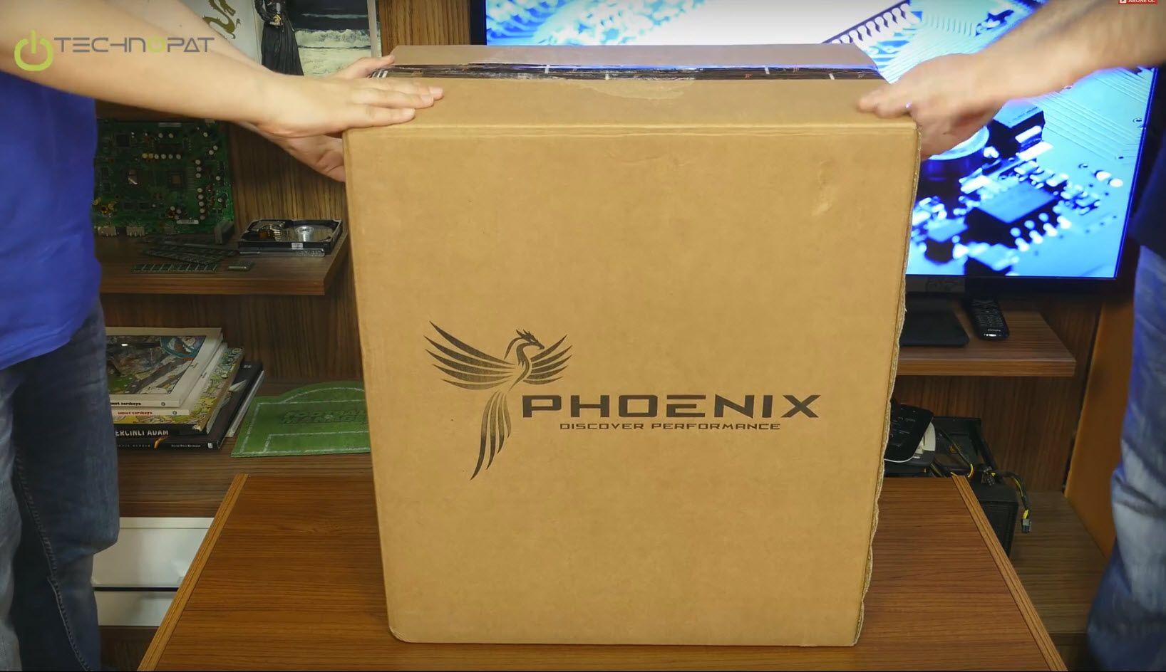 Phoenix Rebirth X Masaüstü Bilgisayar Kutusundan Çıkıyor