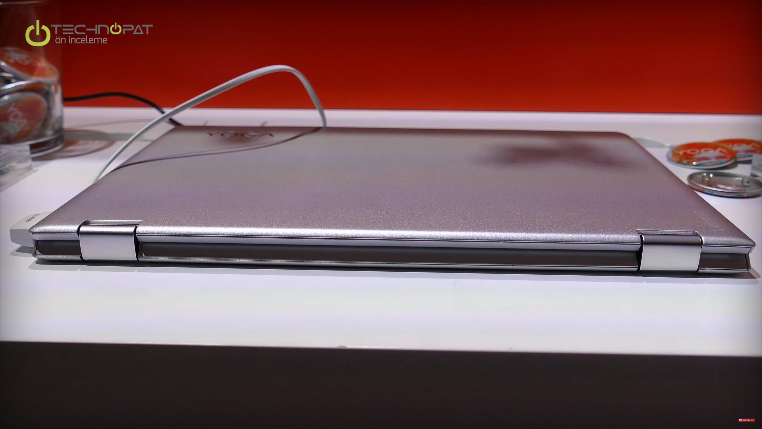 Lenovo Yoga 510: Yoga serisine karakterini veren katlanabilir menteşeler.