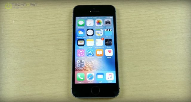 apple-iphone-se-ekran