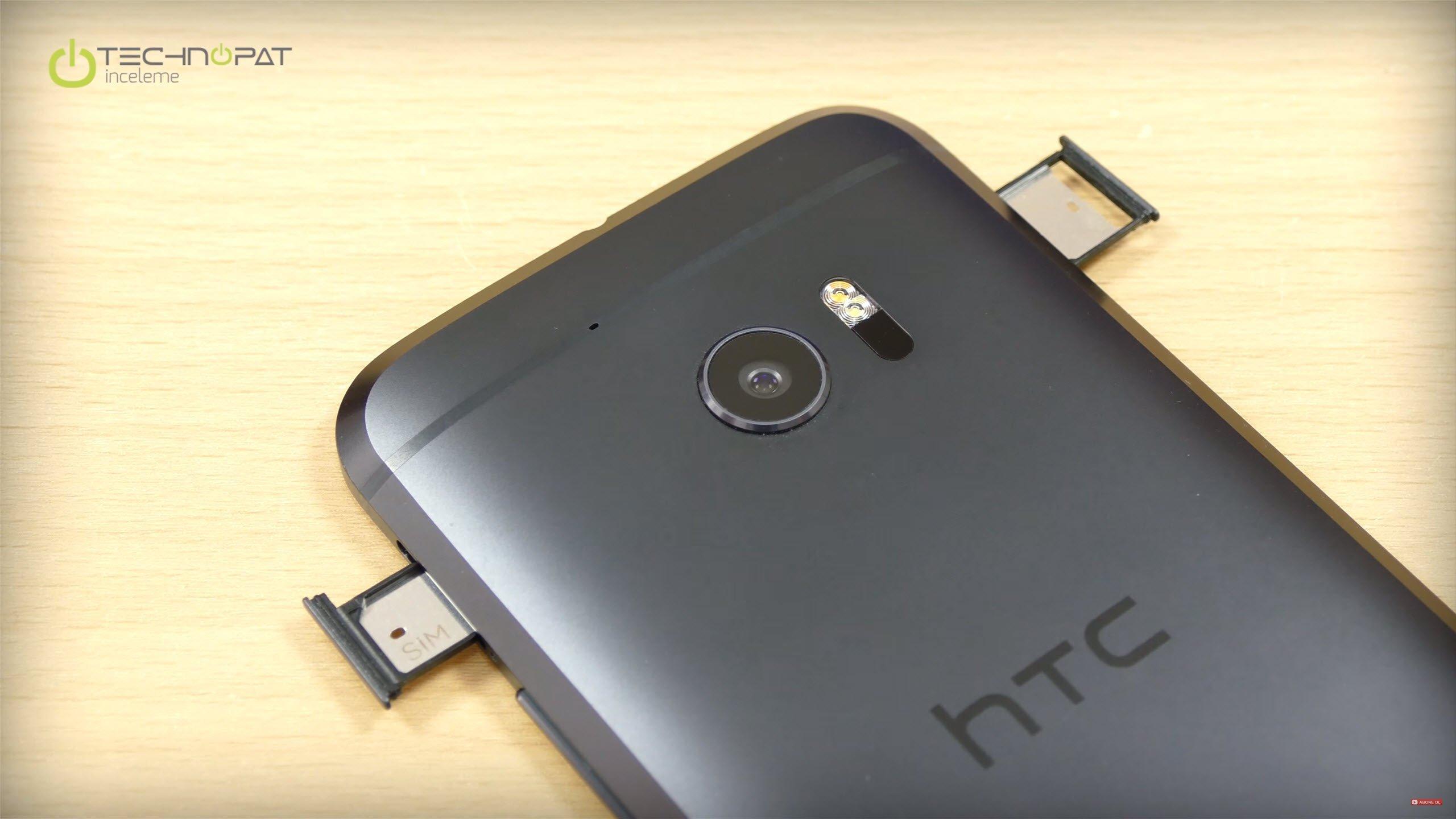 HTC 10 nano SIM kullanıyor, diğer yanda ise microSD bellek kartı yuvasını görüyoruz.