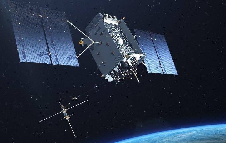 GPS 3, uzay tabanında iki yörüngede ve sekiz farklı gelişim evresinde olmak üzere dünyaya sunulacak.