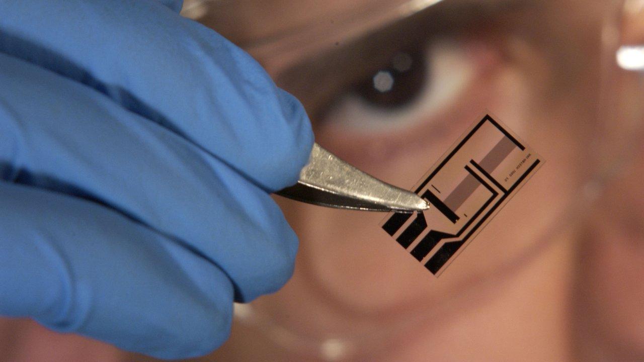 Nano Ölçekli Elektro-Optik Cihaz