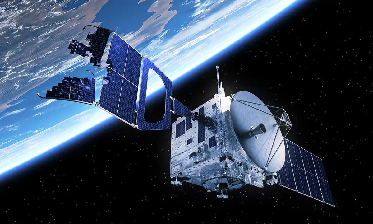 DARPA Uydu Tamir Eden Uzay Robotu