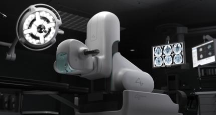 Neuralink N1 elektrotlarını beyne yerleştirecek robotik cerrah