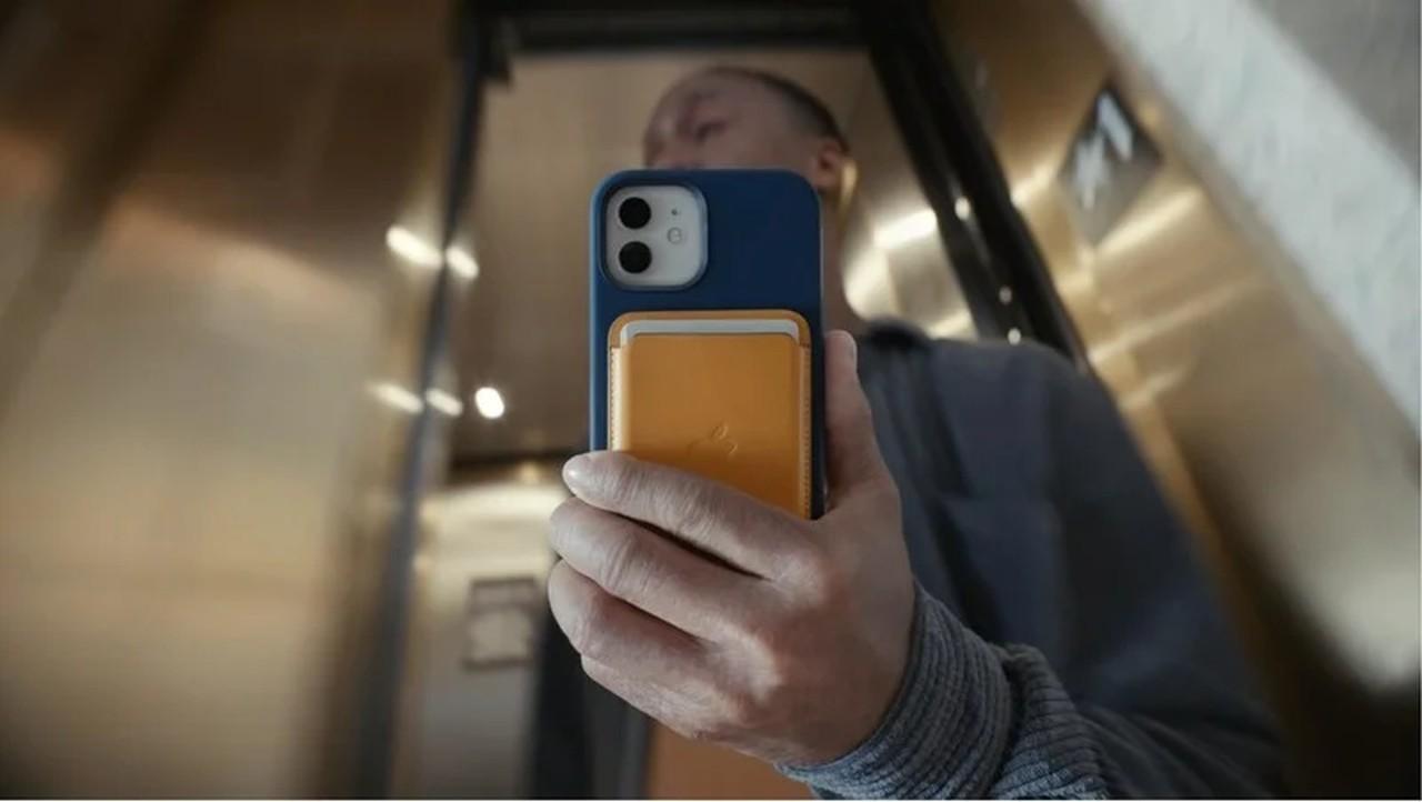 Apple MagSafe, Android Telefonları da Şarj Edebiliyor