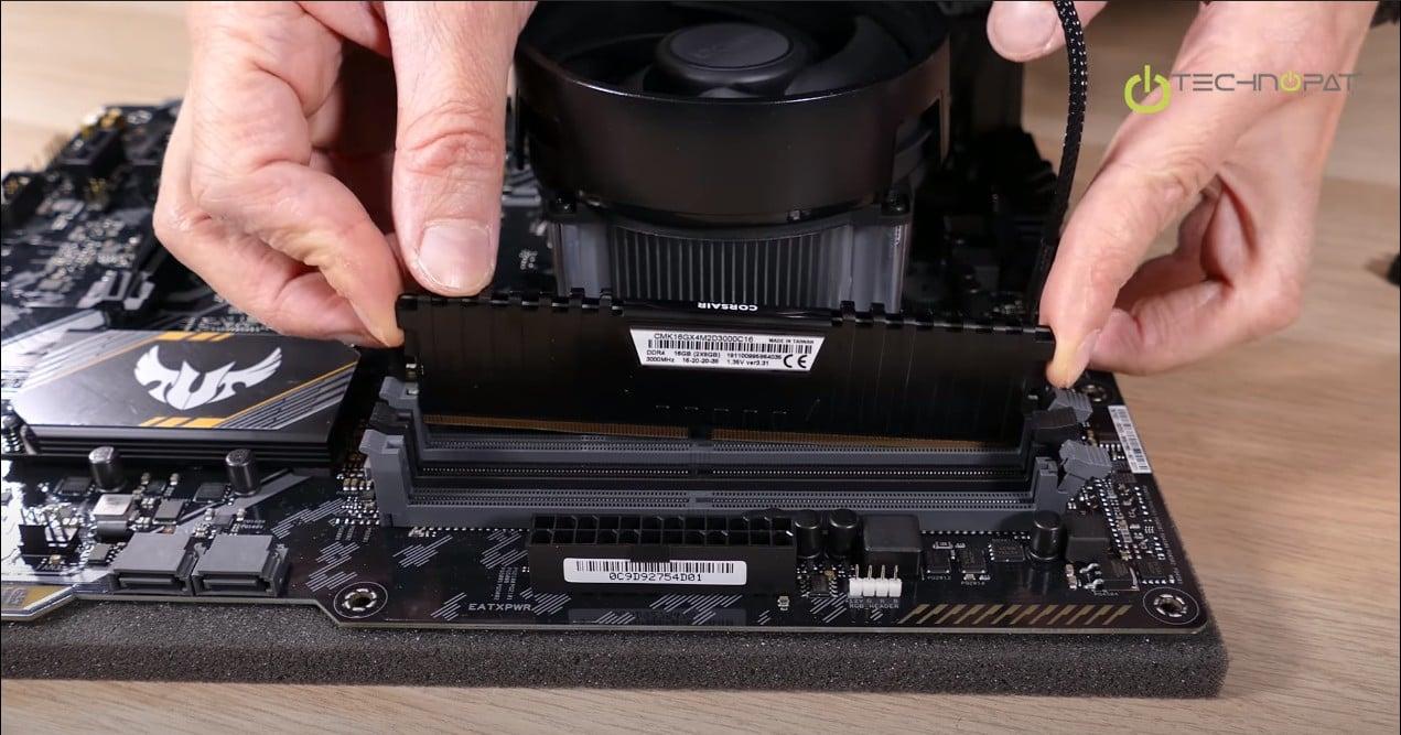 PC Toplama: RAM Montajı