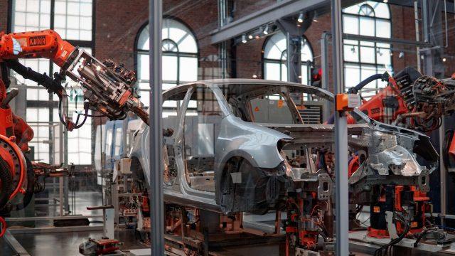 Çip Krizi, Otomobil Üreticilerine 210 Milyar Dolarlık Gelir Kaybı Yaşatabilir